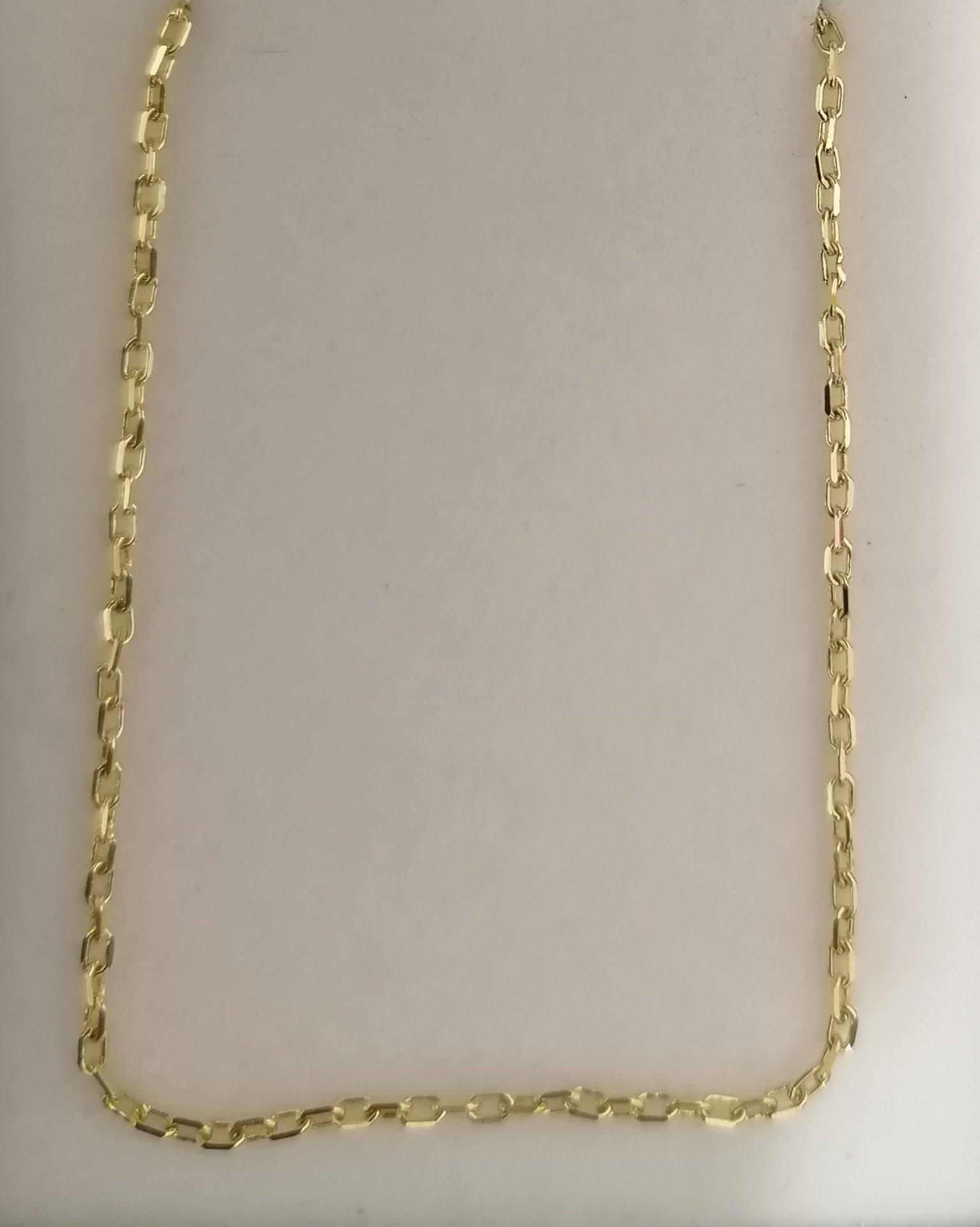 Cadena de oro forzada en 50 cm
