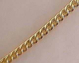 foto del bonito eslabon barbado que lleva esta cadena de oro