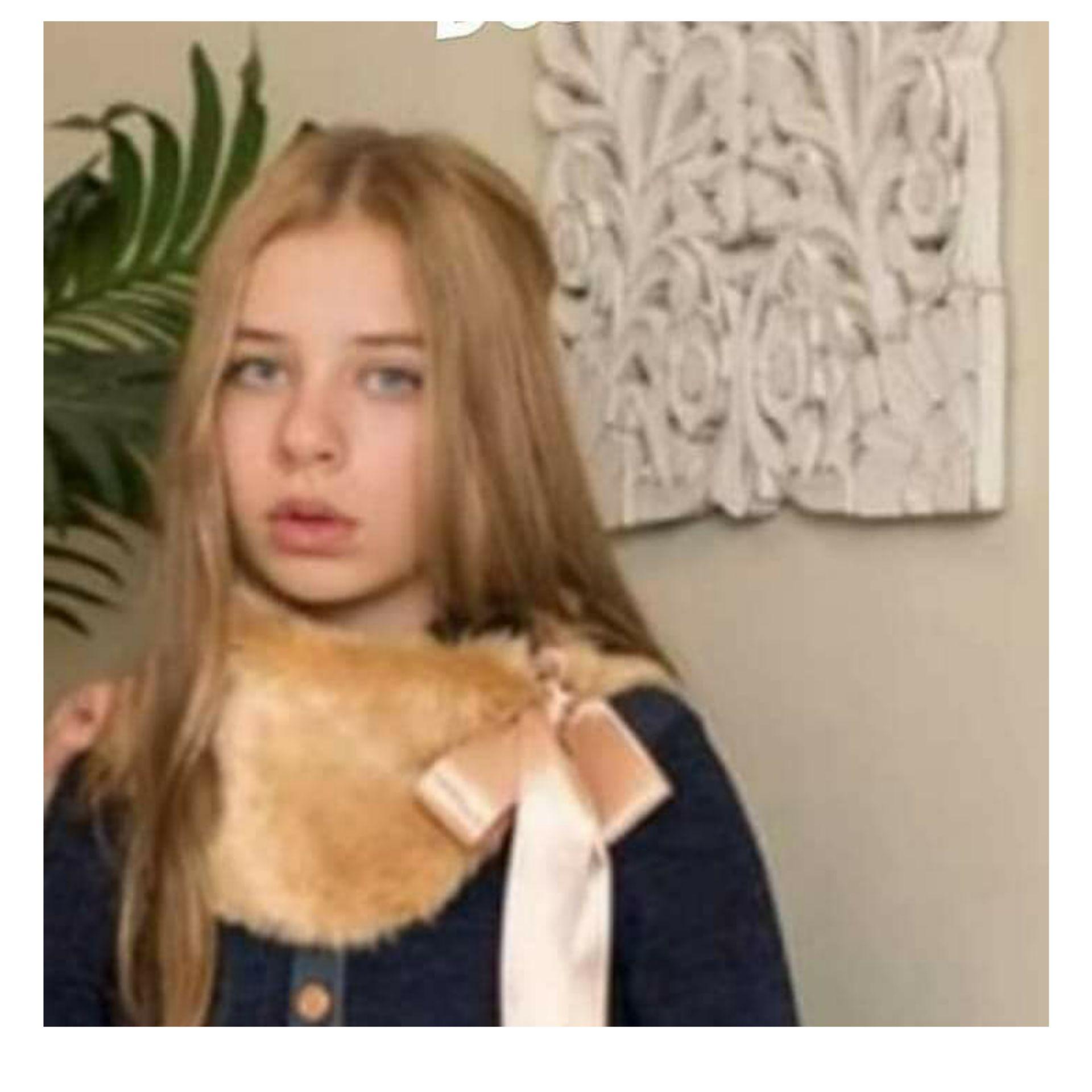 Cuello de pelo camel