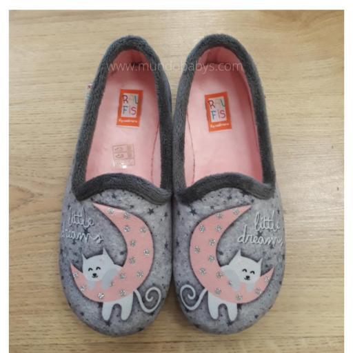 Zapatillas cerradas media luna con gatito