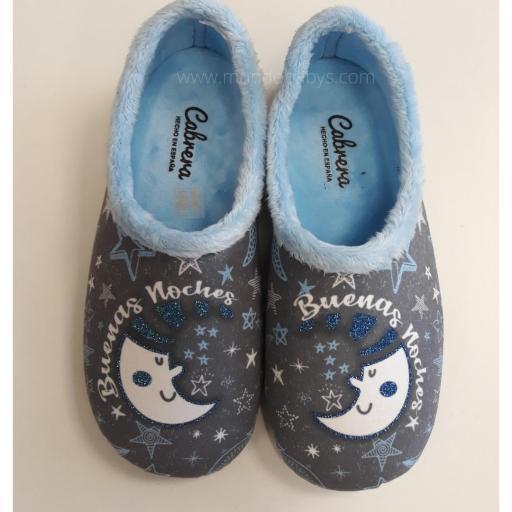 Zapatillas chica cerradas, buenas noches