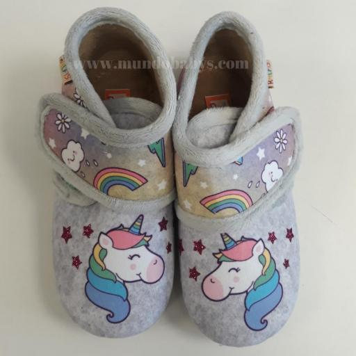 Zapatillas botitas con velcro unicornios