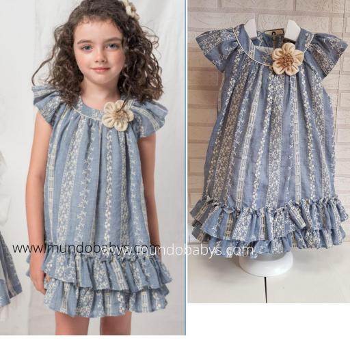Vestido bordado en azul [3]