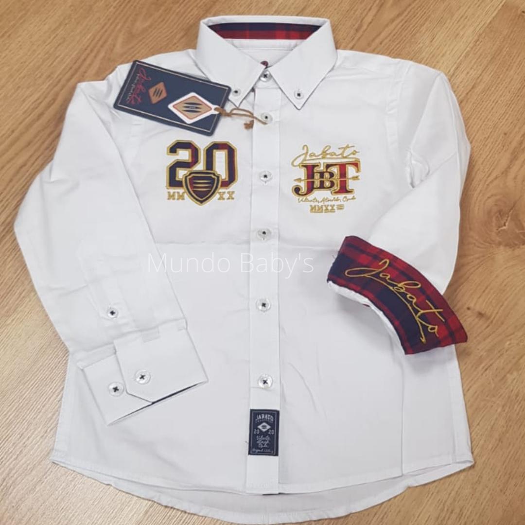 Camisa infantil blanca con bordados