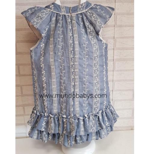 Vestido bordado en azul [1]