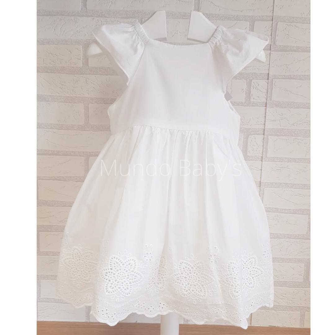 Vestido blanco sin mangas con bordados