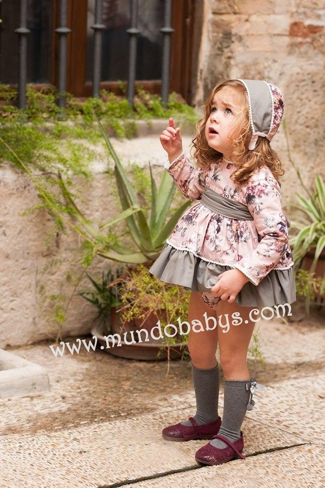 Vestido bebé con braguita y capota flores