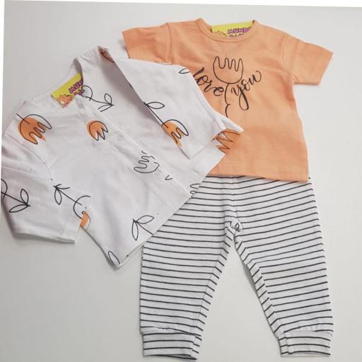 Chaqueta con camiseta y pantalón estampado [0]