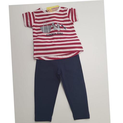 Camiseta de rayas con leggins marinero