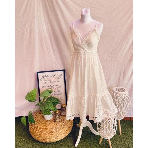Vestido blanco Troquelado [3]