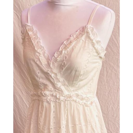 Vestido blanco Troquelado [2]