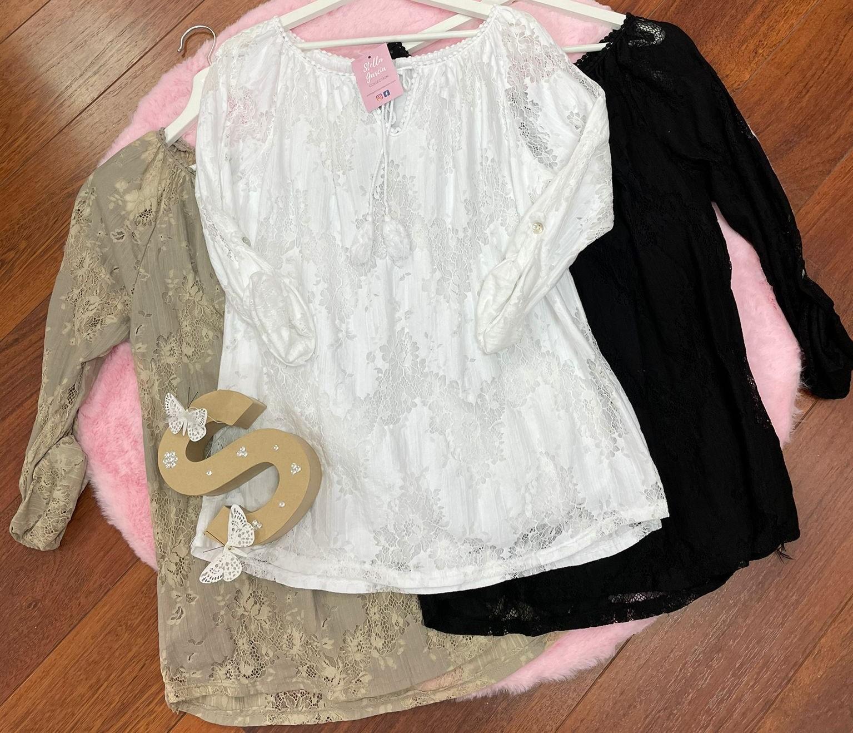 Blusa Encaje en Blanco y Negro