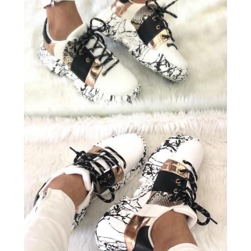 Zapatillas Combinadas Nº 40