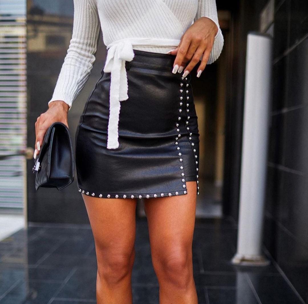Falda Glory en Negro Talla L