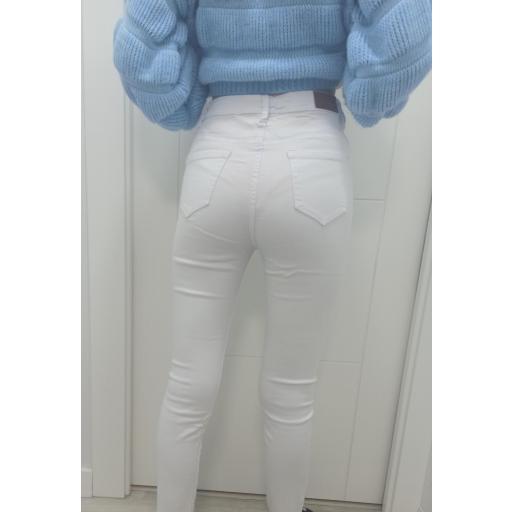 Jeans White Talla 36, 38 y 40 [2]