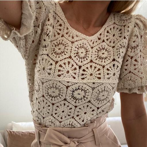 Blusa Crochet Beige