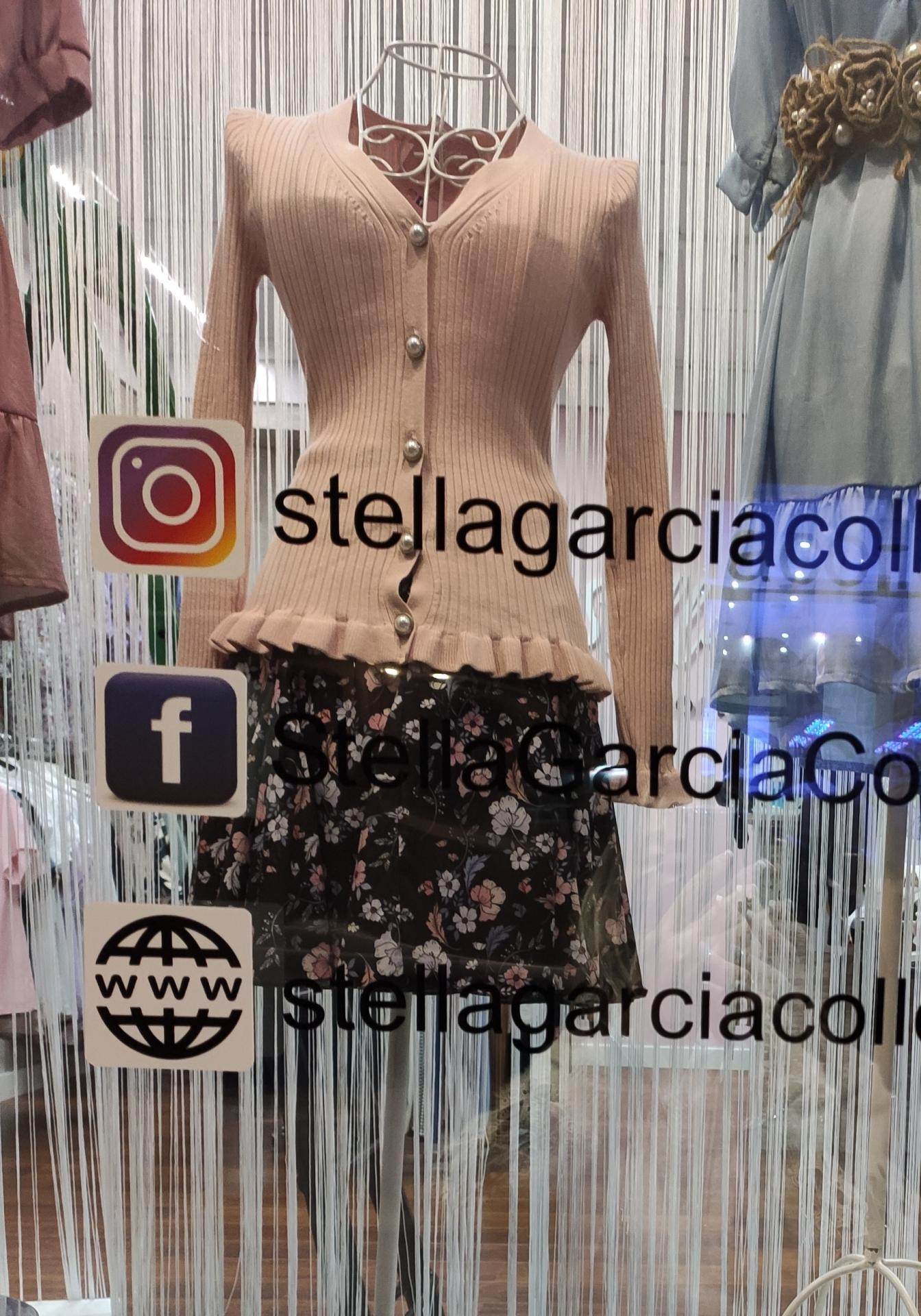 Rebeca Perla en Negro, Cruda, Rosa y Blanco
