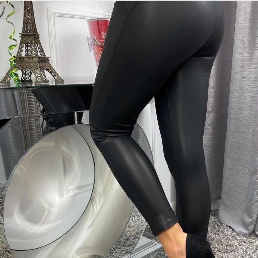 Legging Polipiel en Blanco y Negro