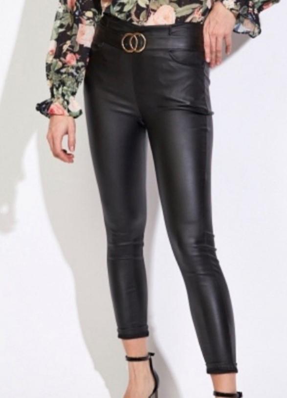 Pantalón Polipiel Negro con Cinturón Talla M