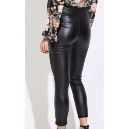 Pantalón Polipiel Negro con Cinturón Talla M [1]