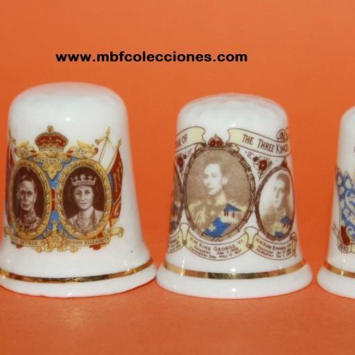 4 DEDALES FAMILIA REAL INGLESA RF. 02199