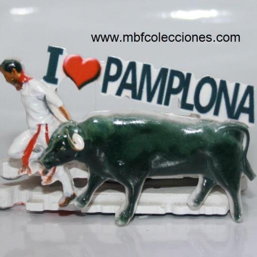 IMÁN RESINA  YO AMO PAMPLONA RELIEVE RF. 04618