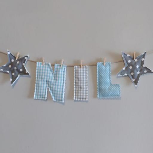 Guirnalda con letras de tela personalizables