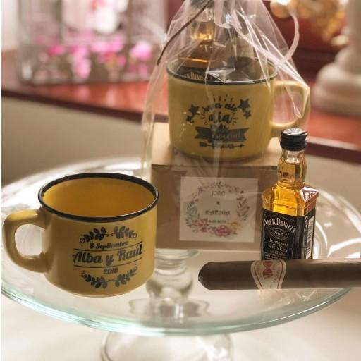 """Taza """"gracias por venir"""" con Whisky Jack Daniels y Puro de Chocolate [0]"""