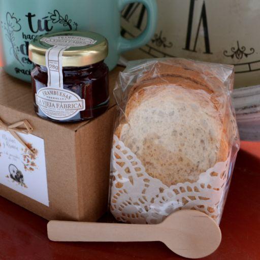 """Taza """"gracias por venir"""" con Mermelada La Vieja Fábrica mini y pan tostado [1]"""