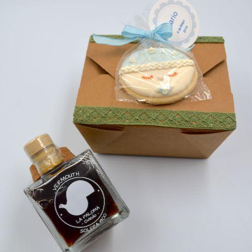 Caja Kraft con vermuouth y galleta [1]