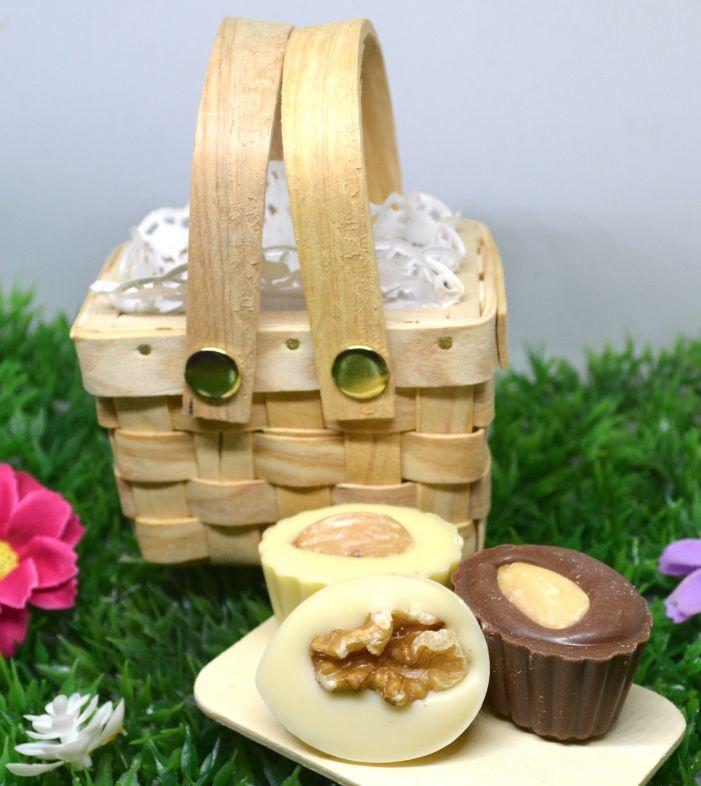 Mini Cesta Pic nic con  Chocolate Belga  Bombones rellenos