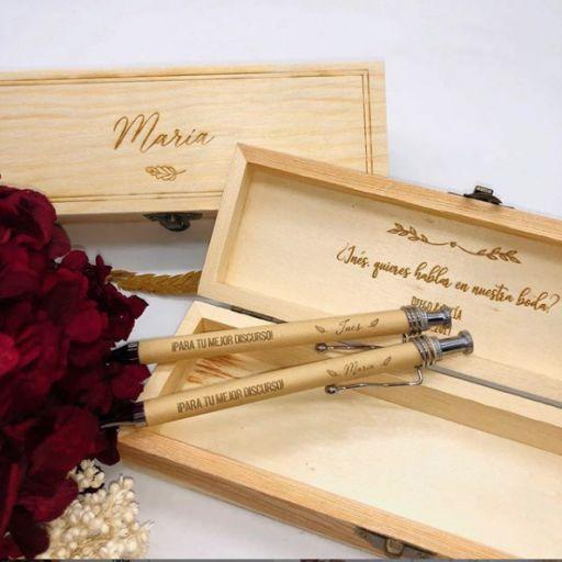 Boligrafo para testigo en caja de Madera Personalizada [1]