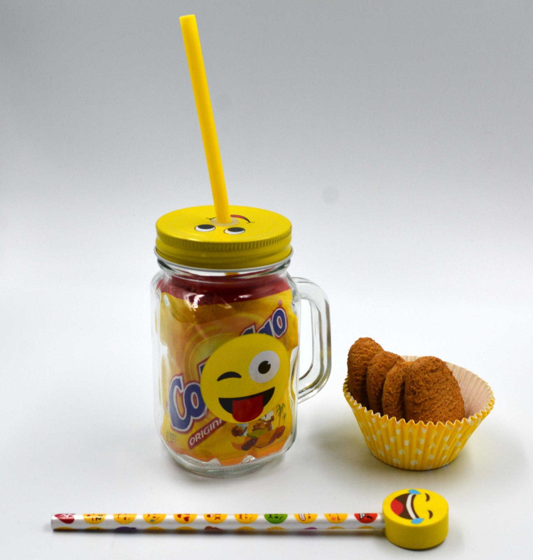 Jarra Emoji con colacao y galletas