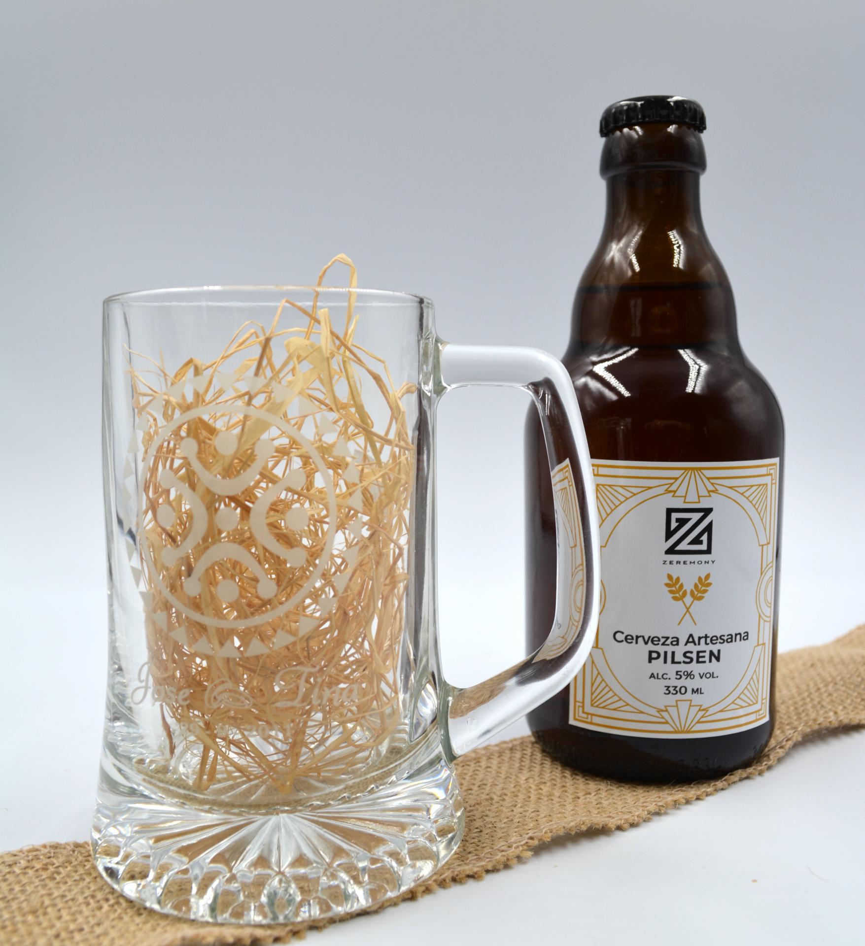 Cerveza Artesana con Jarra Personalizada