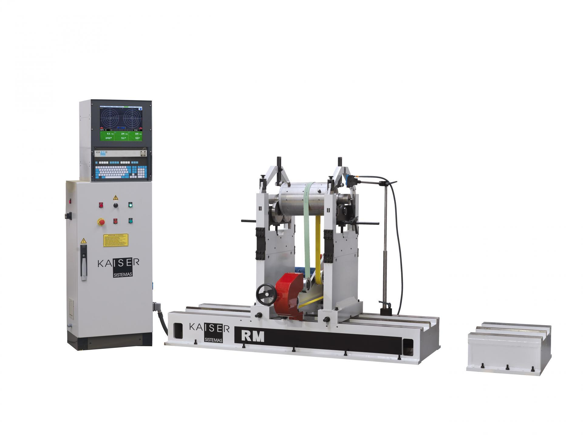 REF 09 - MODEL RM2000.1 HORIZONTAL BALANCING MACHINE