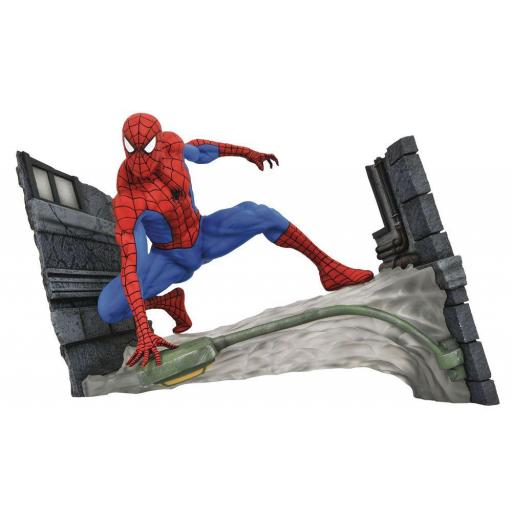 ESTATUA DIAMOND SELECT MARVEL SPIDER MAN WEBBING