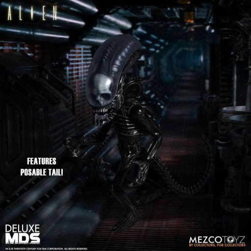 Figura Articulada Mezco Toyz Alien MDS Deluxe Xenomorph 18 cm [1]