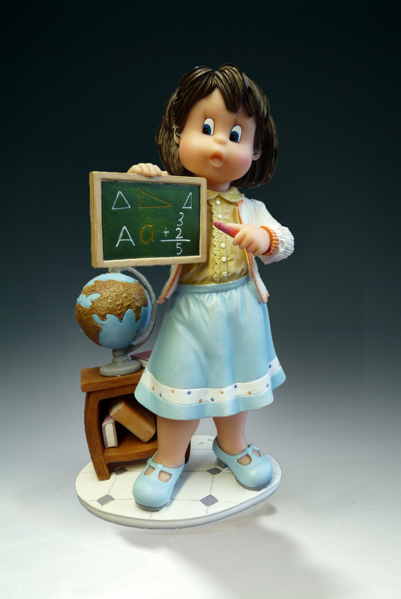 figura-mi-maestra-preferida-nadal-studio-coleccion-pequeños-tesoros-resina-serie-limitada-746753-14cm-lomejorsg.jpg