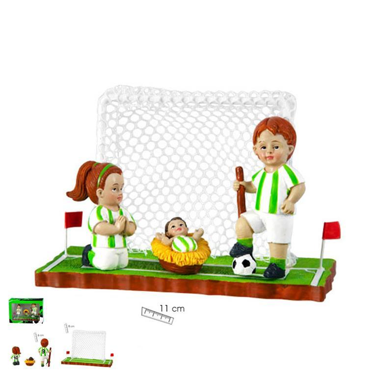 belen-futbol-equipacion-blanca-verde-cesped-porteria-tres-piezas-javier-18-454-lomejorsg-betis