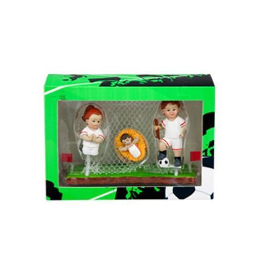 belen-futbol-equipacion-blanca-filo-rojo-cesped-porteria-caja-presentacion-javier-18-455-2-lomejorsg.jpg [2]
