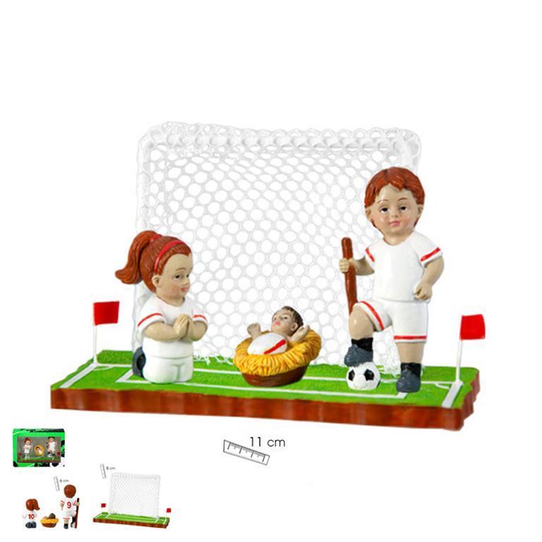 belen-futbol-equipacion-blanca-filo-rojo-tres-piezas-cesped-porteria-javier-18-455-lomejorsg.jpg