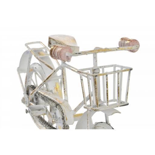 bicicleta-decape-beig-con-oro-envejecido-detalle-cestillo-item-FD-152703-2_20.-lomejorsgjpg [2]