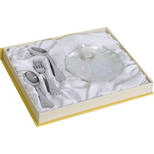 estuche-juego-3-cubiertos-acero-inoxidable-con-cuchara-papillera-y-concha-cristal-nacar-plata-bilaminada-deamsa-09505-lomejorsg.jpg