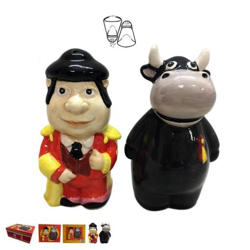 set-salero-pimentero-torero-toro-souvenir-tipico-españa-javier-06-485-lomejorsg.jpg