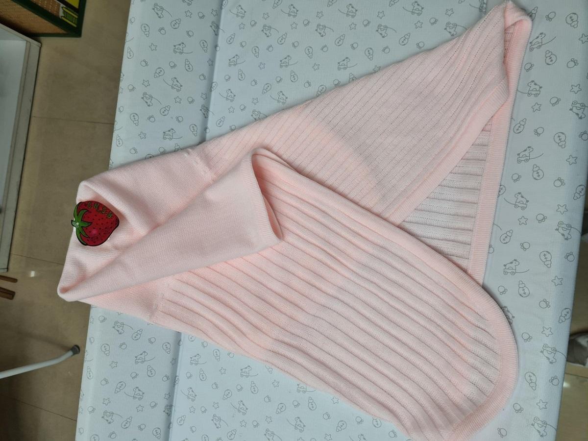 Chal o Toquilla de lana color Rosa