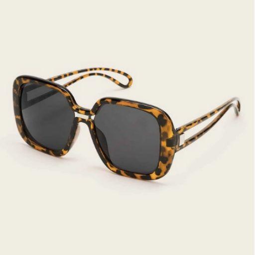 Gafas de sol de lentes planas de marco con carey [1]