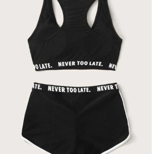 Set de bikini top con cinta con letra con shorts [1]