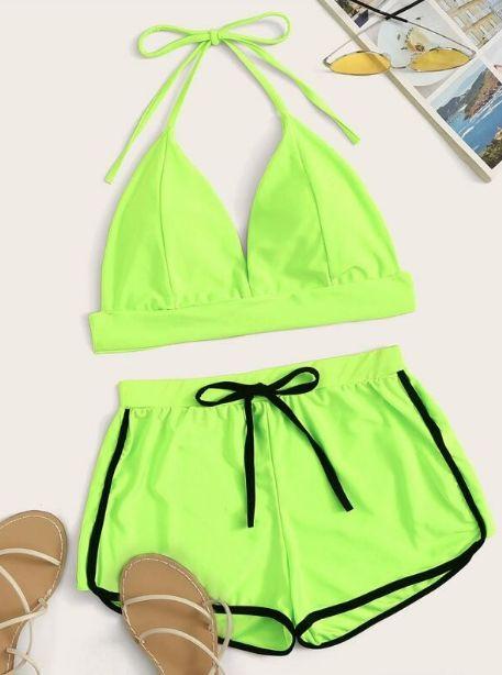 Bañador 2 piezas top halter de color neón con shorts