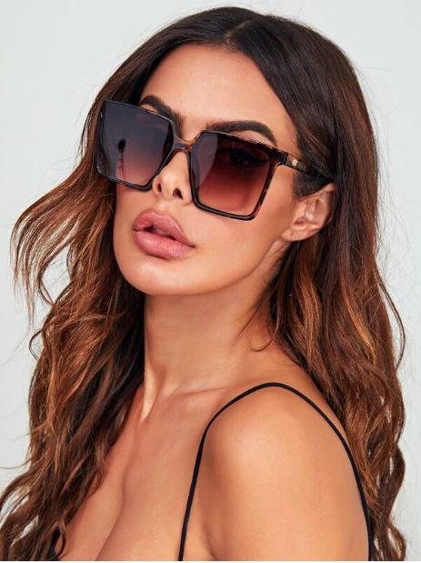 Gafas de sol de marco de leopardo con estuche