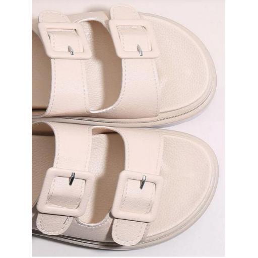 Sandalias con diseño de hebilla [1]